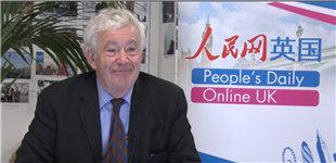 爱丁堡大学校长:蒂姆西·奥谢爵士蒂姆西·奥谢爵士自2002年任爱丁堡大学校长。爱丁堡大学在讲英语的国家属第六古老大学,排名全球20强。校友查包括尔斯·达尔文,并且是第一所接收中国学生的大学。